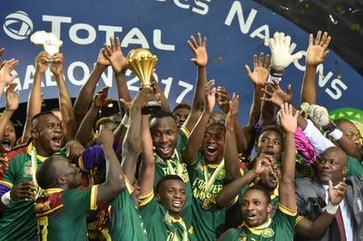 不屈のライオンが15年ぶりのネイションズカップ制覇、カメルーンが逆転でエジプト破る