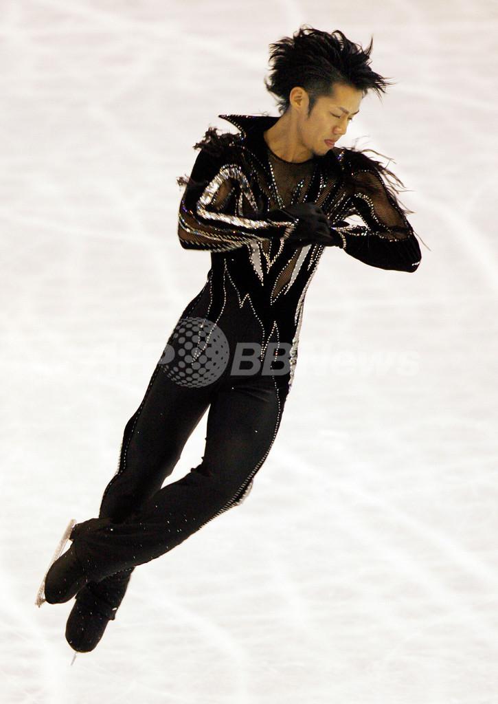 高橋大輔 NHK杯SPで2位の好スタート