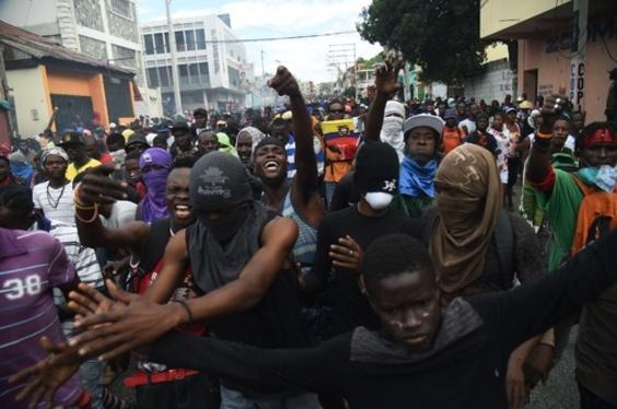 ハイチの刑務所から受刑者78人が脱走、デモの混乱に紛れて