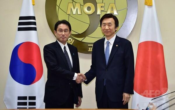 日韓、慰安婦問題で合意 安倍首相「新たな時代」と評価