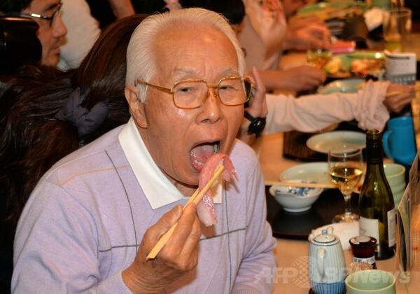 マグロ初競り736万円、ライバル敬遠で大幅安値