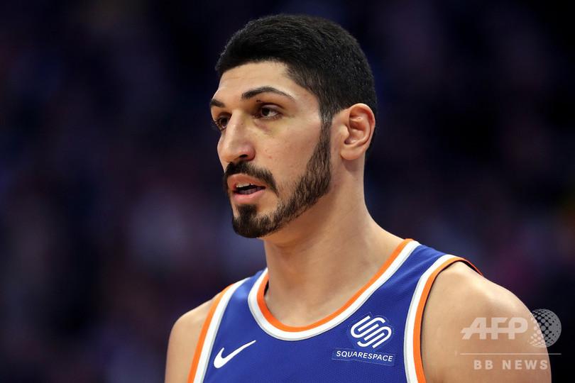暗殺恐れるトルコ人NBA選手、エルドアン氏に「異を唱える人は皆標的」