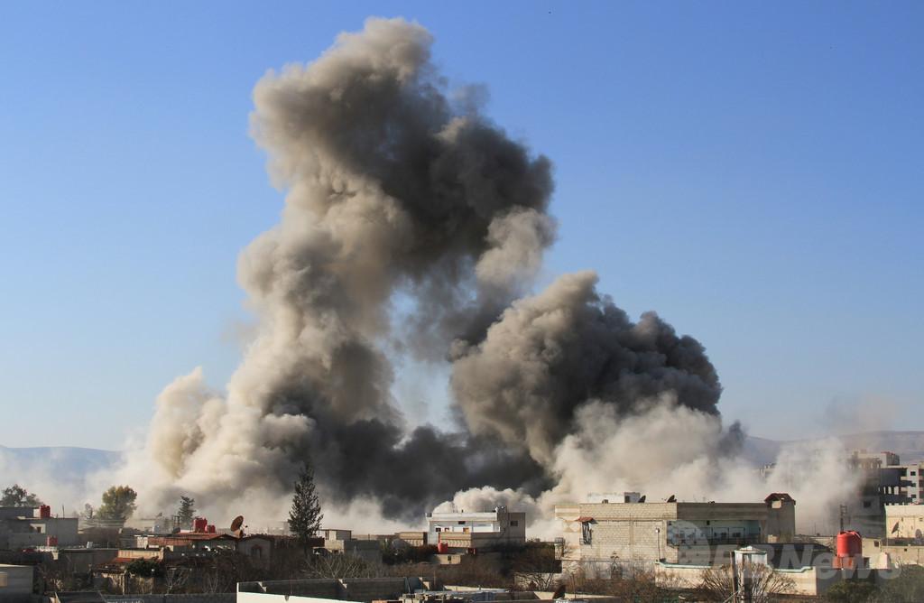 シリア「たる爆弾」攻撃、5日で246人死亡 NGO発表