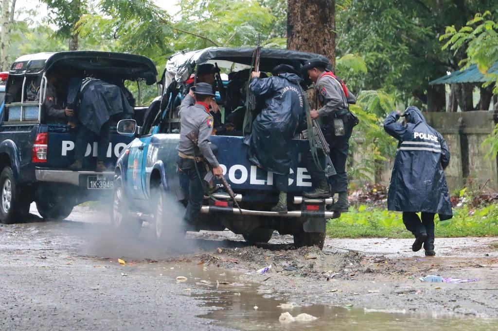ミャンマー西部で武装集団と軍部隊が衝突、20人超死亡