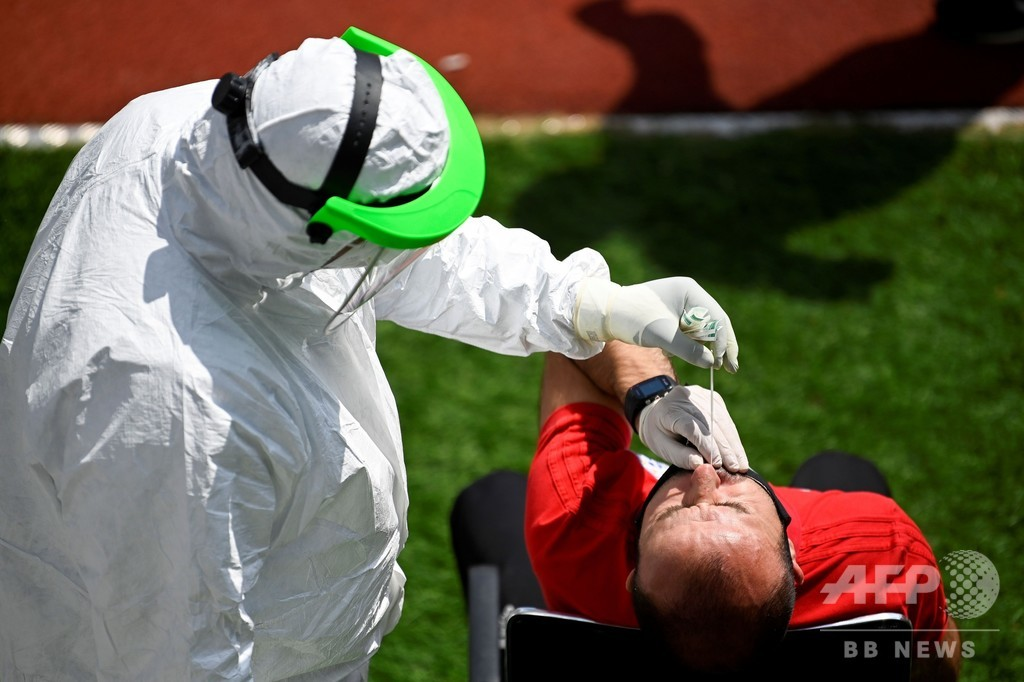 新型コロナ、世界の感染者600万人に AFP集計