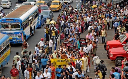 インドで17日に医療従事者の全国スト、患者遺族からの暴行事件受け