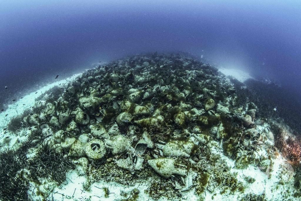エーゲ海に沈む古代難破船、観光の目玉に ギリシャ