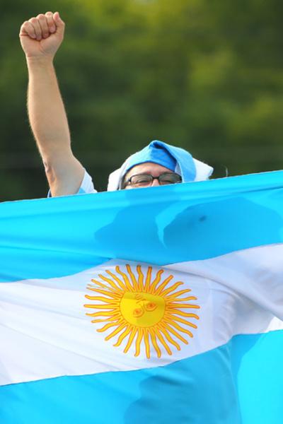テレビを直せ!W杯前に受刑者がハンスト突入 アルゼンチン