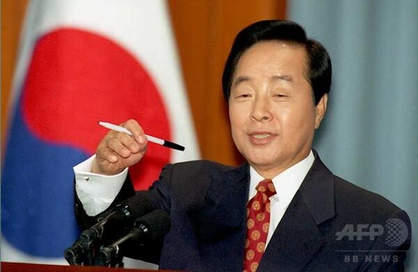 韓国の金泳三元大統領が死去、87歳