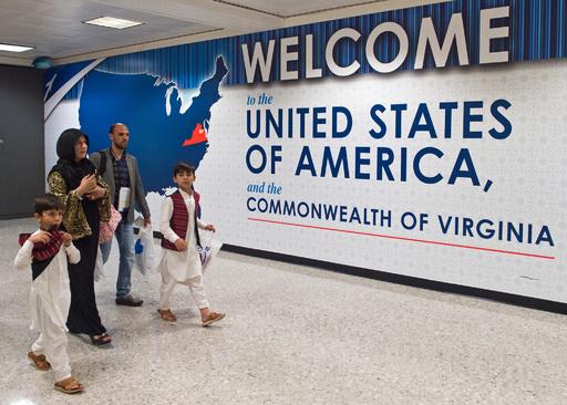 ロボコンのガンビア代表、米国ビザ却下される アフガン代表に続き