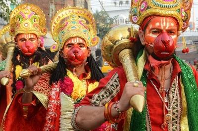 ヒンズー教の祭り「ナブラトリ」、9夜にわたり盛大に インド