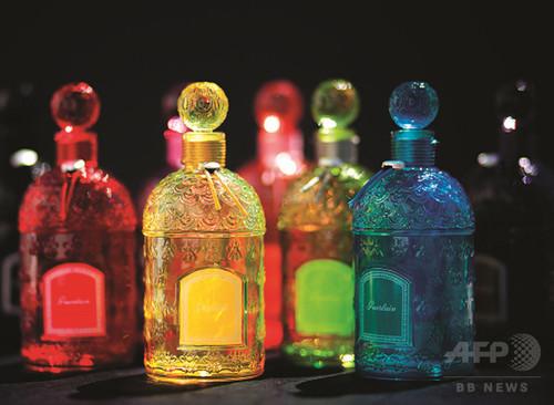 貴重なカラー ビーボトルを発売、「ゲラン」GINZA SIX店